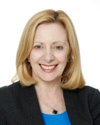 Lynne Coulson Barr